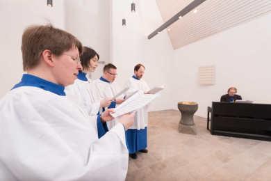 Konzentriert bei der Probe - die Cerulean Singers